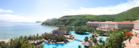 Vinpearl Resort Nha Trang lọt Top 10 khách sạn 5 sao hàng đầu Việt Nam