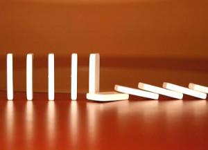 dominoes1