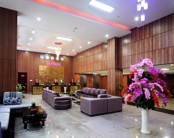 Khach-san-Midtown-Hue-4-Sao-Lobby