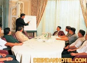 diendanhotel.com-nhan-su-1