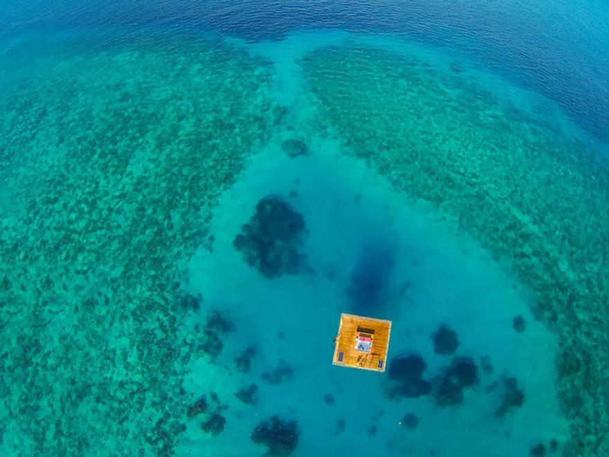 underwater-hotel-the-manta-mikael-genberg-9-ivivu