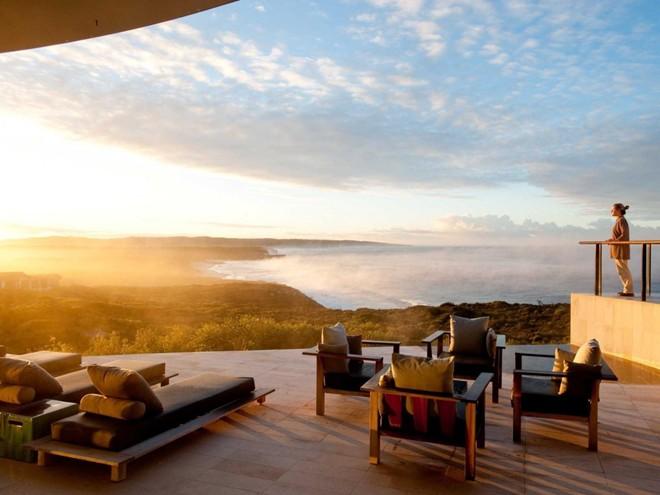 Khám phá hòn đảo Kangaroo thưa thớt dân cư của Australia và nghỉ tại The Southern Ocean, một khách sạn được thiết kế theo kiểu phát triển bền vững.