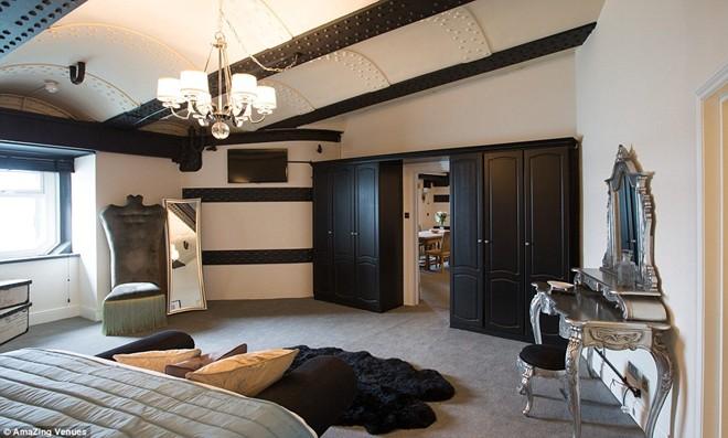 Mỗi phòng mang một phong cách độc đáo riêng biệt.