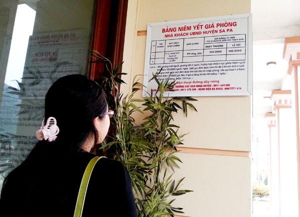 Các nhà nghỉ, khách sạn tại Sa Pa đều có bảng niêm yết giá công khai.