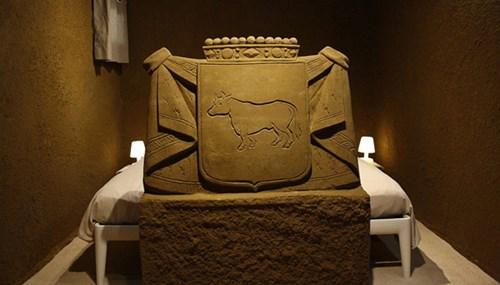 Khách sạn lâu đài cát đắt đỏ ở Hà Lan - ảnh 2