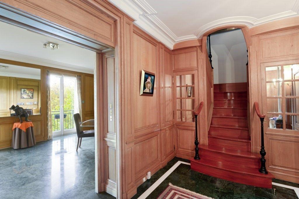 Mãn nhãn căn hộ hai tầng có góc nhìn đẹp nhất Paris - 6