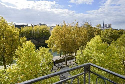 Mãn nhãn căn hộ hai tầng có góc nhìn đẹp nhất Paris - 2