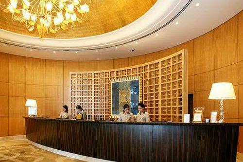 Xử lý tình huống lễ tân khách sạn