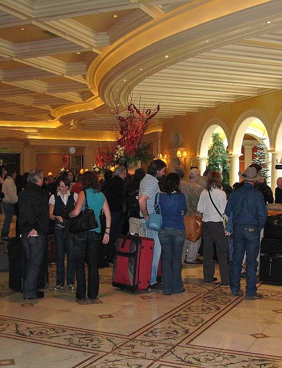 Qui trình checkin khách đoàn trong khách sạn