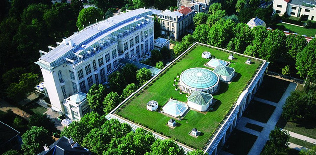 Thiết kế ấn tượng của khách sạn Vichy - nơi ĐT Slovakia chọn làm nơi đóng quân khi tới Pháp.
