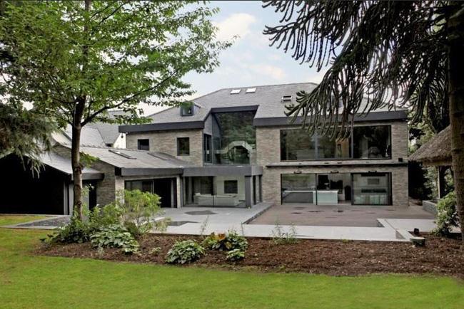 Ibrahimovic thuê biệt thự sang trọng giá 500 triệu VNĐ/tháng - Ảnh 1.