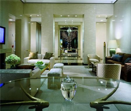 Ty Warner Penthouse mang lại cho bạn cảm giác giản dị mà ấm áp mà không thể có ở bất cứ nơi nào.