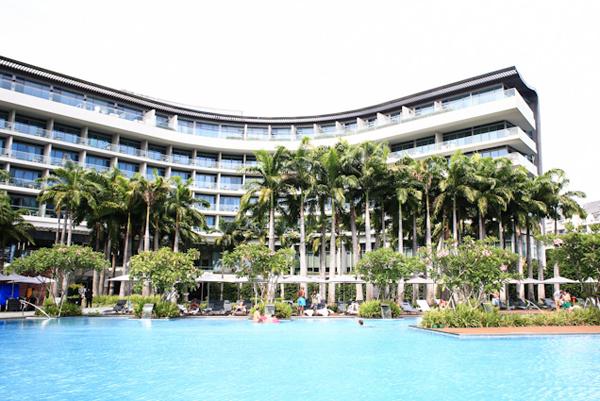 p13-W-Singapore-Pool_1396949070.jpg