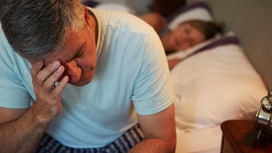 khó ngủ, khách sạn, mất ngủ
