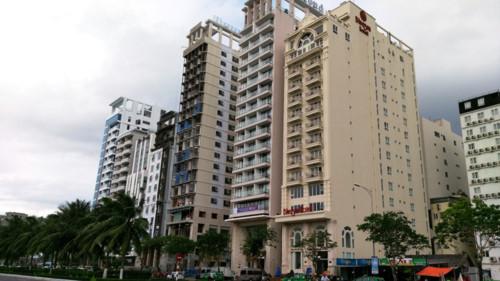 Lễ 30.4, khách sạn 3-5 triệu/đêm xem pháo hoa Đà Nẵng 'cháy phòng' - ảnh 2