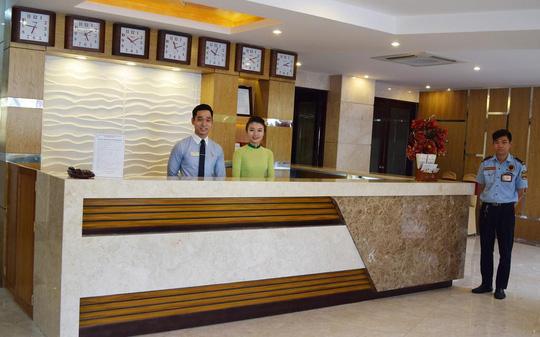 Khách sạn Rạng Đông, Công ty Cp Du lịch CĐ TP HCM (81-83 Cách mạng Tháng 8 Quận 1 TP HCM