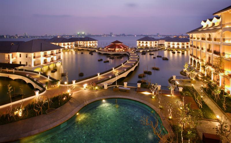 Khách sạn InterContinental Hanoi Westlake được vinh danh là Khu nghỉ dưỡng lãng mạn nhất Việt Nam 2017