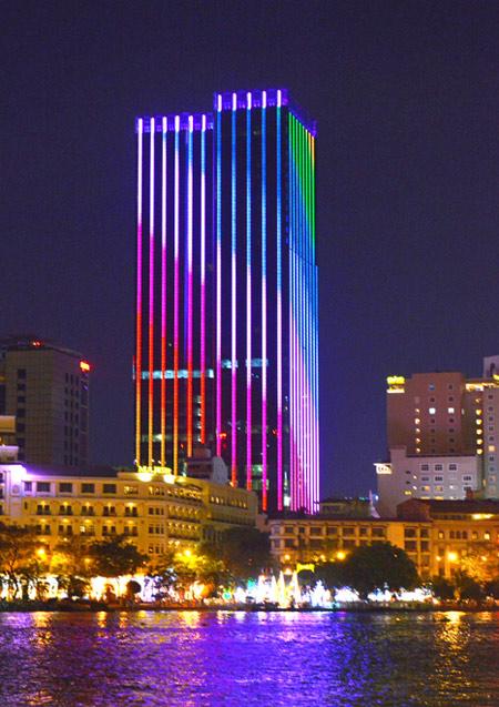 Chiêm ngưỡng khách sạn 6 sao đầu tiên tại Sài Gòn - 1