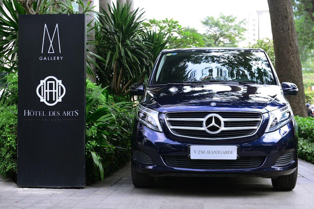 Khách sạn 5 sao giữa lòng Sài Gòn đầu tư phương tiện vận chuyển bằng Mercedes-Benz ảnh 4