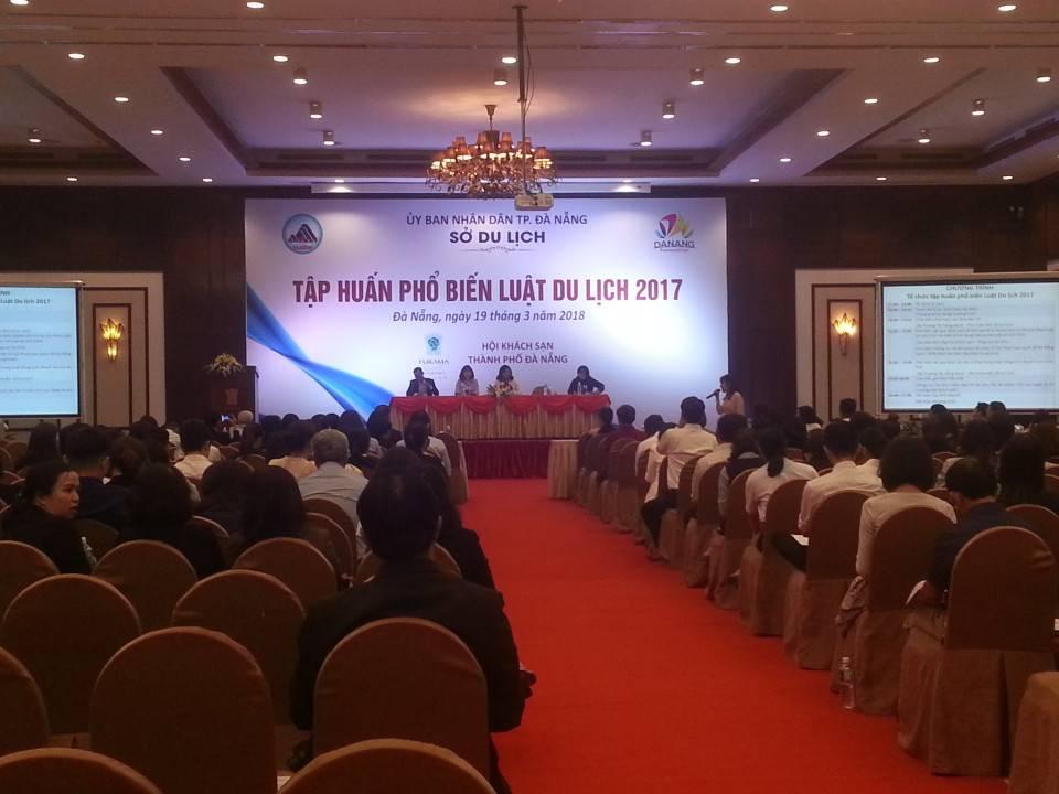 300 đại diện các cơ sở lưu trú được tập huấn Luật Du lịch 2017