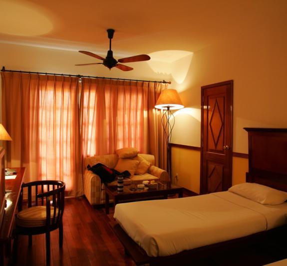 Khách sạn, nhà nghỉ - sẽ được hưởng giá điện thấp hơn nhiều so với hiện tại