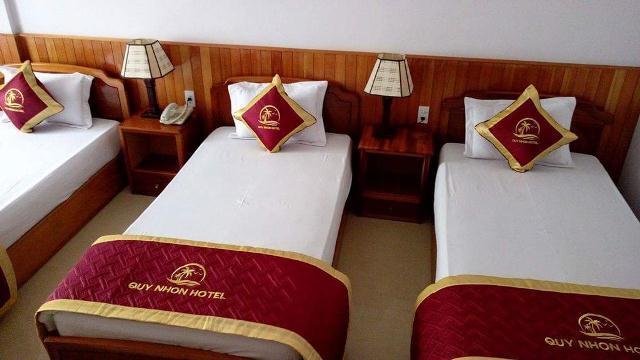Bí mật về 4 chiếc gối dư thừa trên giường của khách sạn - Ảnh 2