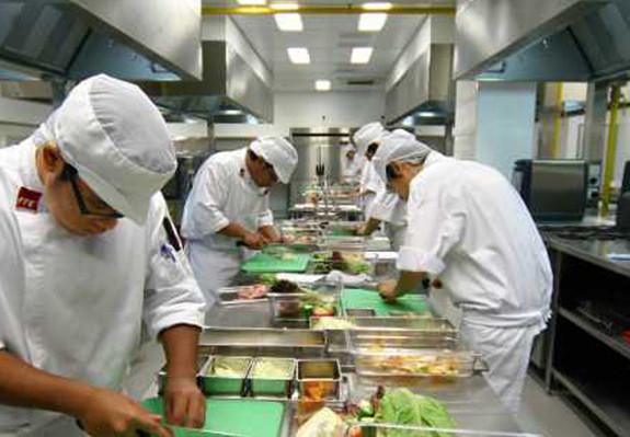 An toàn thực phẩm cho khách sạn