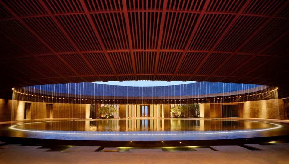15. Capella Sanya, Trung Quốc: Thêm một khách sạn mới khác của Trung Quốc lấy cảm hứng từ Con đường tơ lụa nổi tiếng. Khách sạn Capella Sanya nằm trên đảo Hải Nam, nơi được ví là