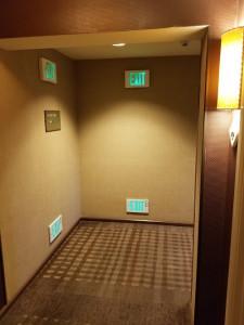 Chú ý lối thoát hiểm khi vào khách sạn