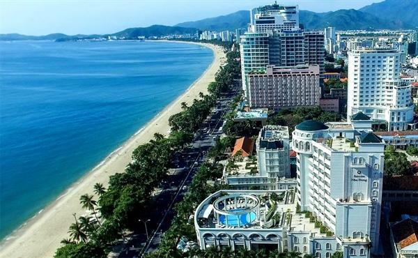 Không hiểu Maybank Kim Eng nghiên cứu, khảo sát theo nguồn thông tin nào mà đưa ra con số 80% số phòng khách sạn của Việt Nam ở tiêu chuẩn dưới 3 sao. Trong khi đó Ngân hàng Thế giới lại không cho rằng Việt Nam đang thiếu hụt cơ sở hạ tầng khách sạn chất lượng từ 3 đến 5 sao. Ảnh