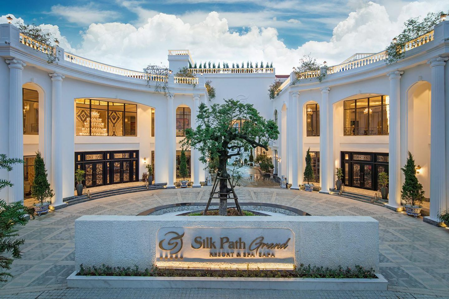 Silk Path Grand Resort & Spa