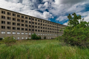 Lý do đằng sau khách sạn 10000 phòng bỏ hoang 80 năm
