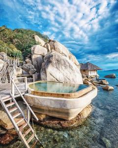 Khách sạn mùa du lịch