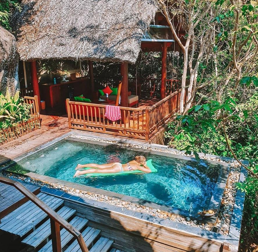 5 resort hang sang cho chuyen tranh nong tren bien Nha Trang hinh anh 7 2_pilates_and_pizza.jpg